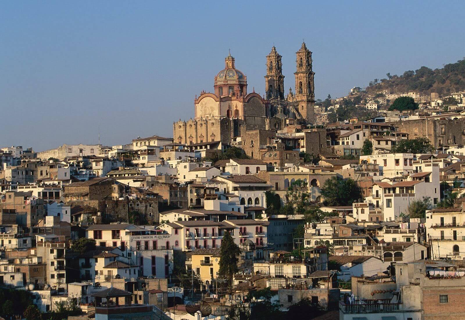 Découvrez la ville de Taxco dans le centre du Mexique à l'ouest de Cuernavaca