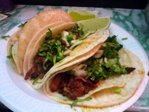 Tacos al pastor mexique