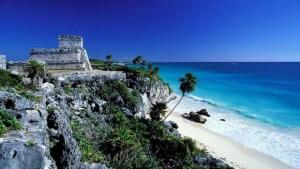 mexique grande plage ruines